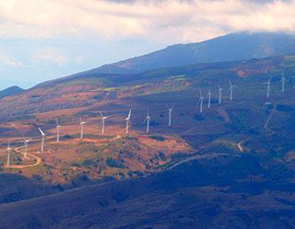 Wind turbines on Maui Island (Courtesy: Stephanie Hicks)