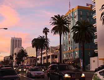 Ocean Avenue at sunset in Santa Monica, California (photo credit: Mike Gonzalez)